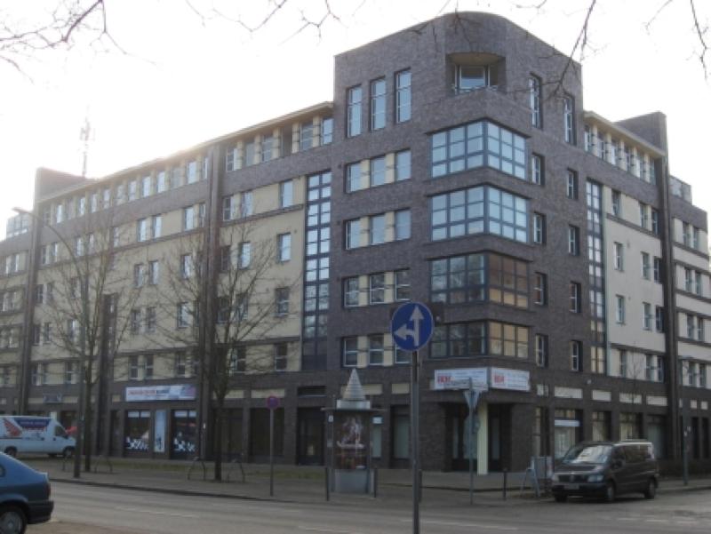 Wohn und Geschäftshaus in Berlin Treptower-Park